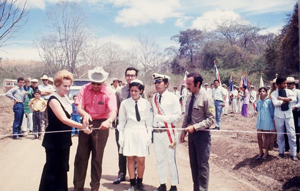 President Daniel Oduber and Fist Lady Dona Marjorie cut the ribbon to inaugurate Santa Rosa National Park